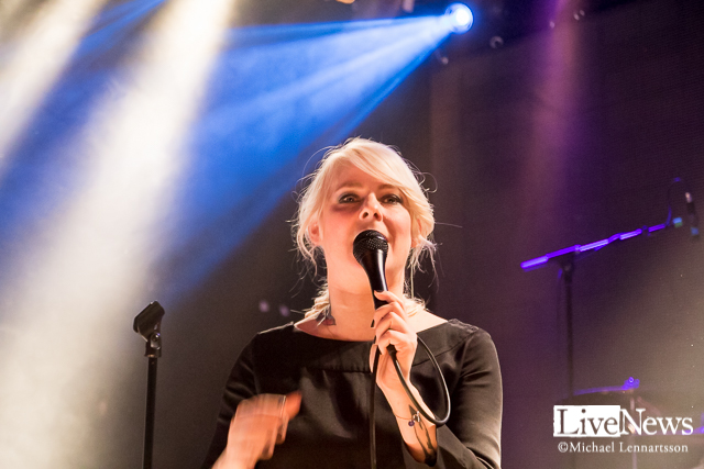 The Sounds support: Slangbella på The Tivoli