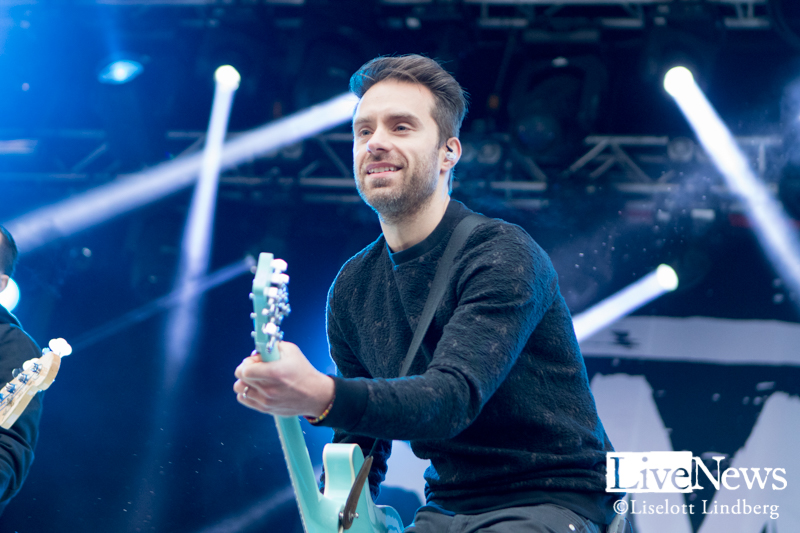 Simple_Plan_Grona-Lund_2016_002