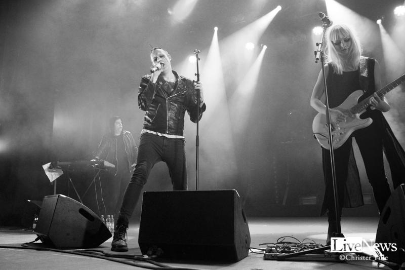 Henric De La Cour_Wheres_the_Music_2017_03