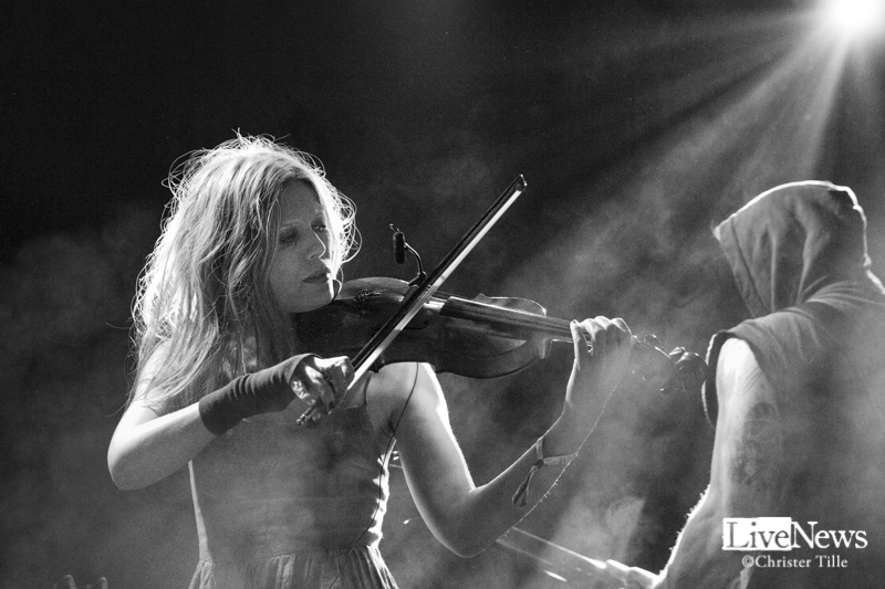 Myrkur_Wherse_the_Music_2017_01