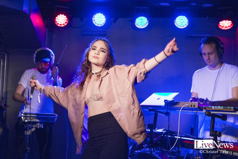 Thea_Wheres_the_Music_2017_09