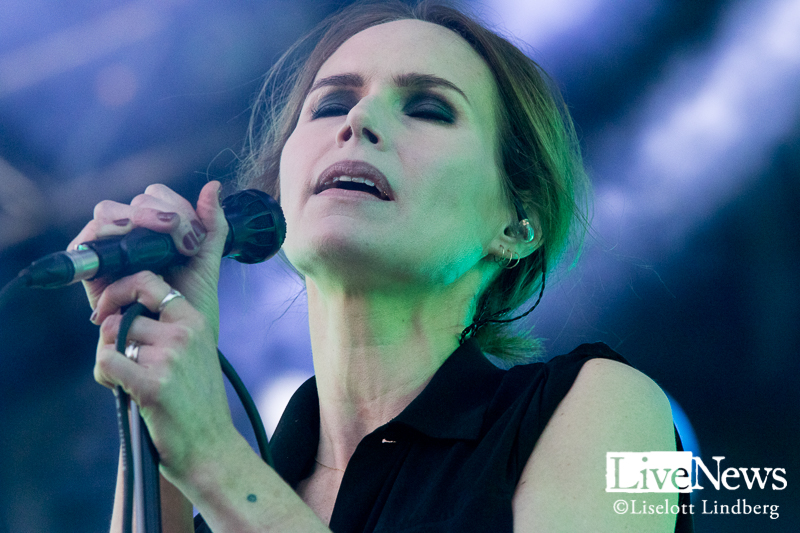 the_cardigans_grona_lund_stockholm_2017_004