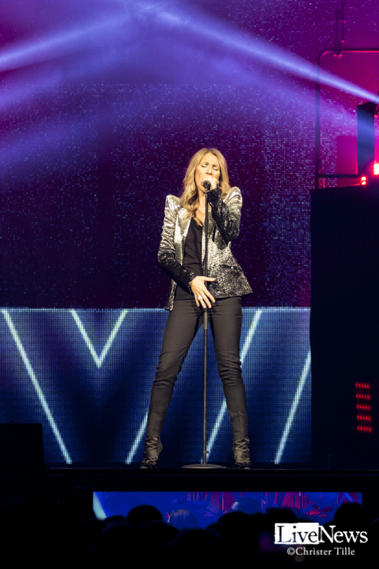 Celine Dion_Tele2_Arena_2017_14