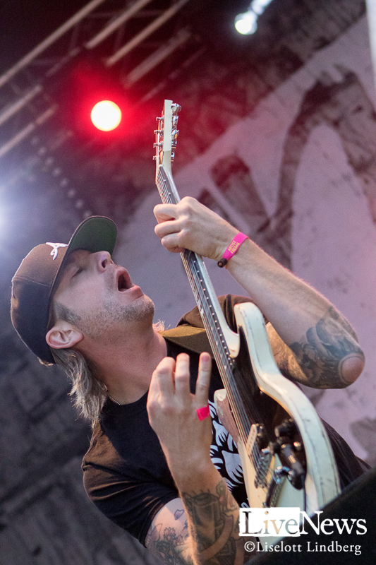 Millencolin_Peace_and_Love_2017_004