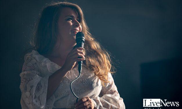 Linnea Henriksson på Torsjö Live