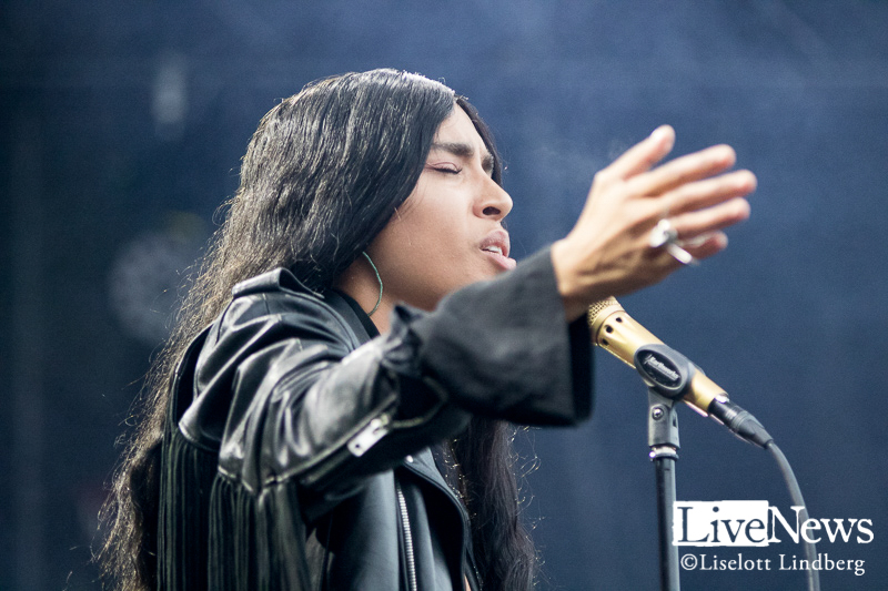 Loreen_Make_Love_Great_Again_2018_01