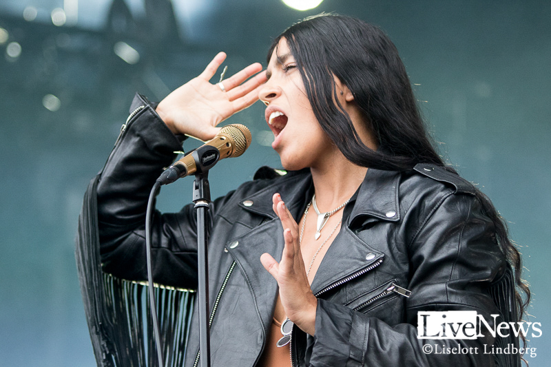 Loreen_Make_Love_Great_Again_2018_08