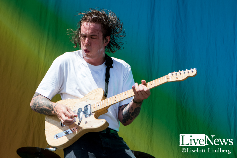 Frank-Carter-and-the-Rattlesnakes-Lollapalooza-2019_02