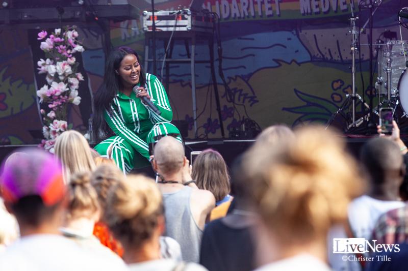 Cherrie_och_band_Oland_Roots_016