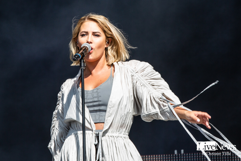 Molly_Sanden_Lollapalooza_2019_001