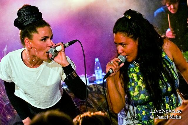 Cleo, Kristin Amparo och Broke 'n Tipsy på Backstage