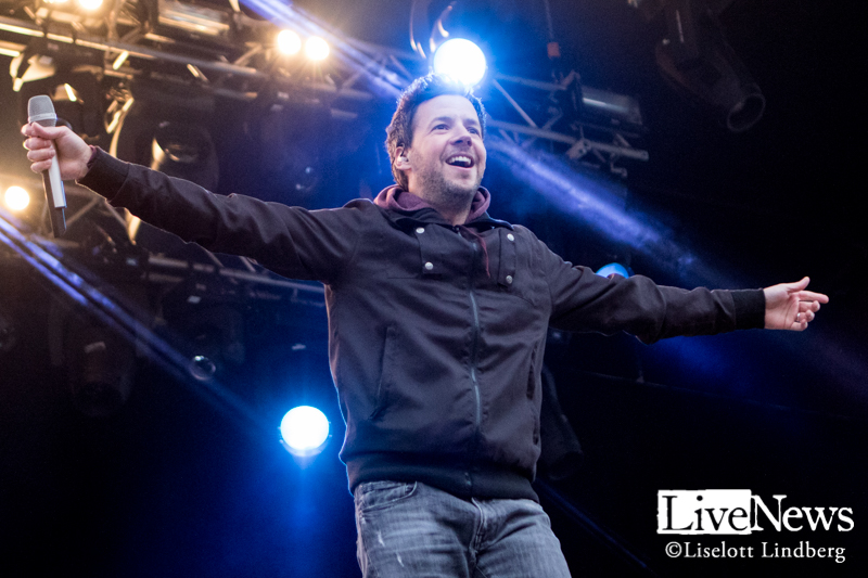 Simple_Plan_Grona-Lund_2016_011