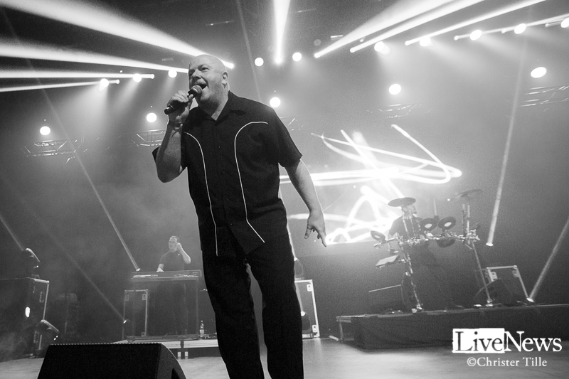 vnv-nation_partille-arena_2016_06