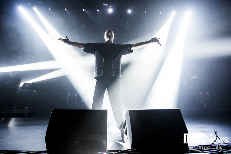 vnv-nation_partille-arena_2016_14