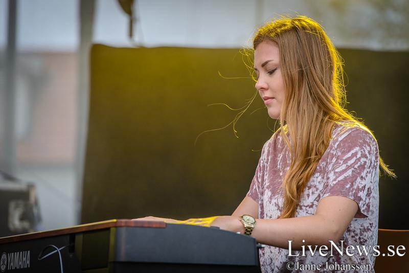 2 - Juila Ternström - School's Out - Kungsbacka Torg - 2017-06-16 - För LiveNews.se (13 of 29)