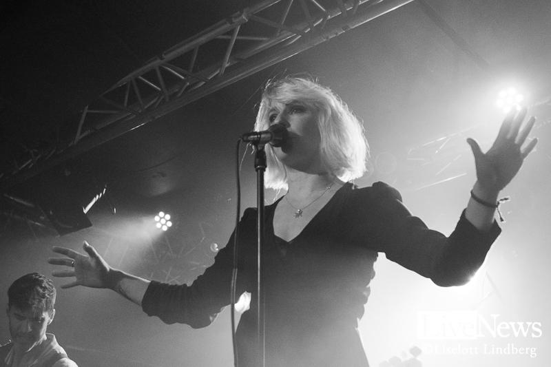 The_Sounds_Debaser-Strand_Stockholm_2017_008