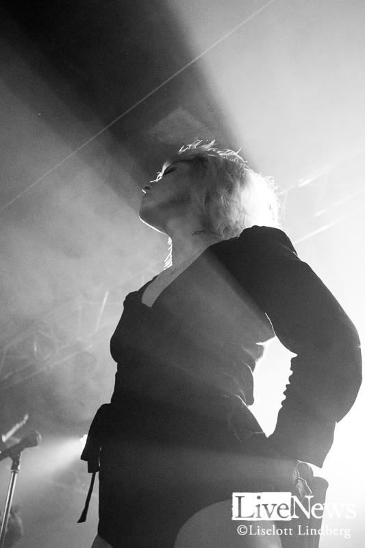 The_Sounds_Debaser-Strand_Stockholm_2017_015