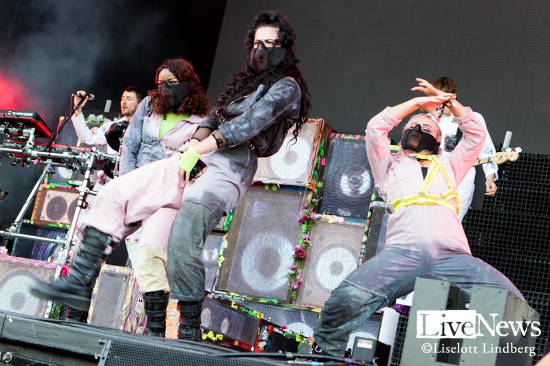 Bring-Me-The-Horizon-Lollapalooza-2019_09
