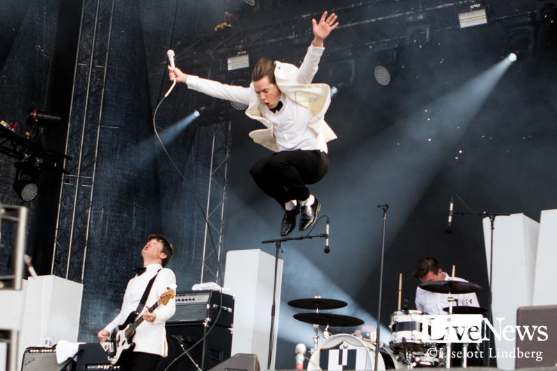 The-Hives-Lollapalooza-2019_01
